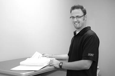 Dan Hutten : Design Manager (x221)